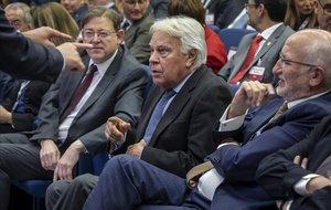 El PSOE, el PP i Vox tomben la investigació sobre la vinculació entre González i els GAL