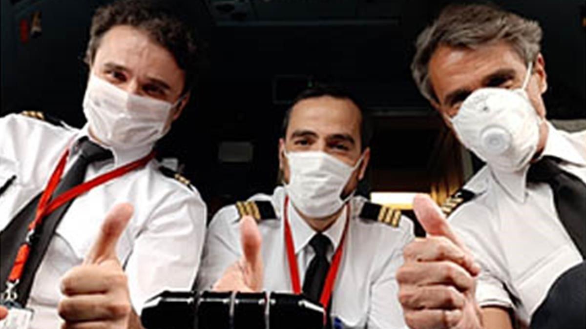 """Carta de un piloto: """"Seguimos trabajando pese a la amenaza del contagio y una única certeza: un ERTE"""""""