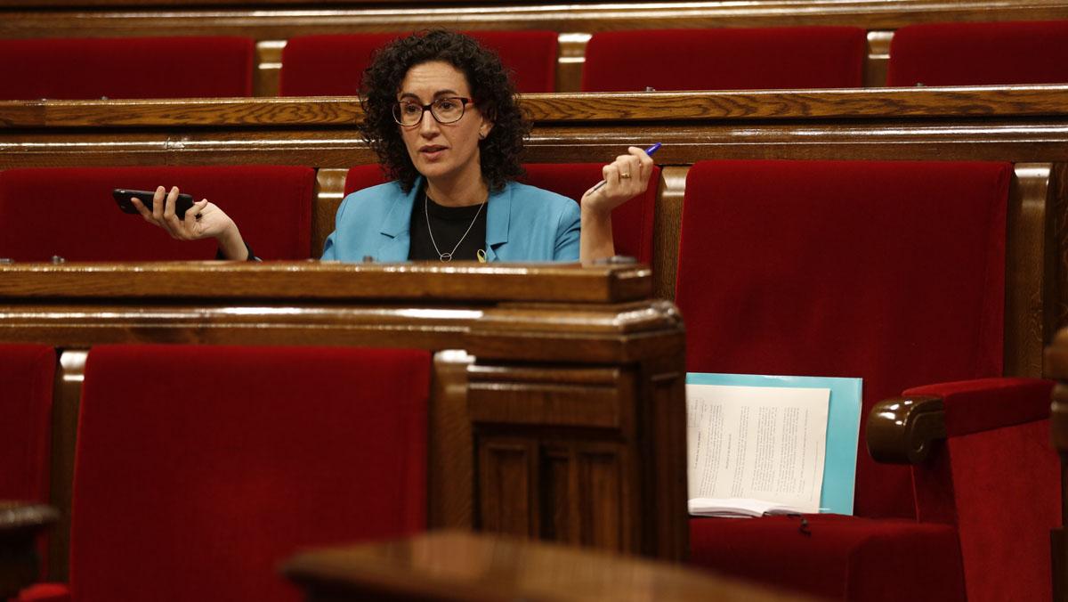 Marta Rovira afirma que el Govern va amenaçar amb usar darmes de foc si seguien amb la DUI