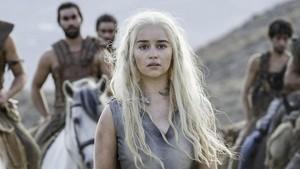 Emilia Clarke, en el papel de Daenerys Targaryen en Juego de Tronos