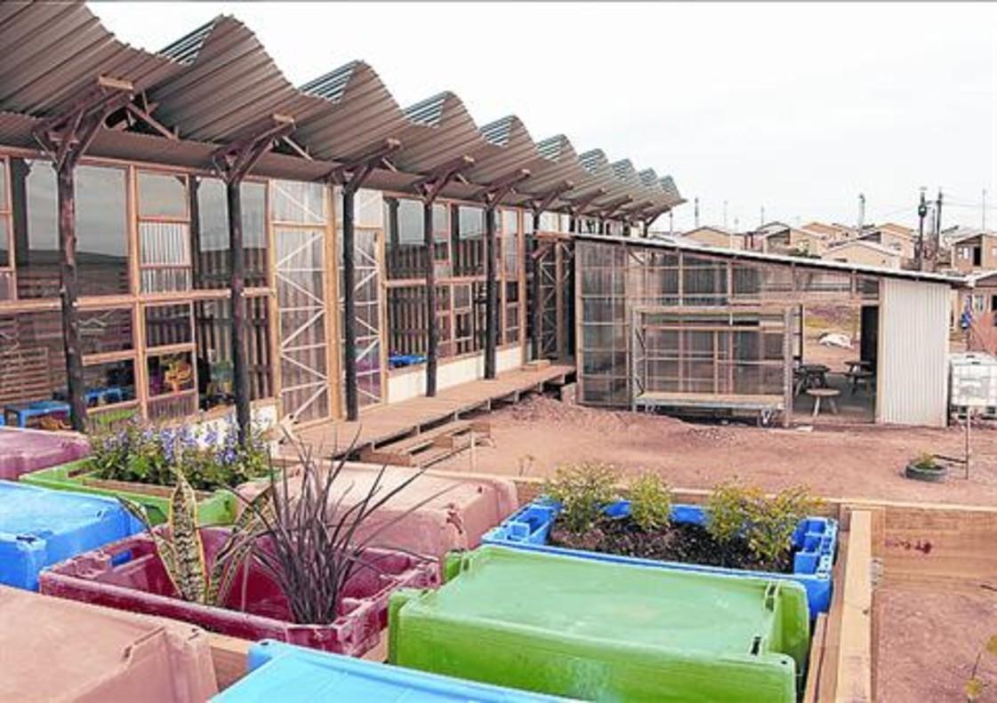 Aspecto final de la escuela, construida de diciembre a marzo.