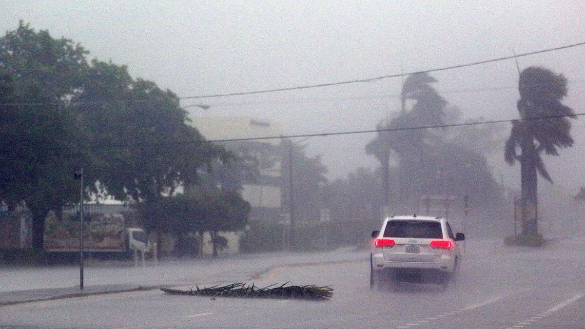 Calle inundada en Boca Ratón, en Florida.