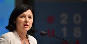 La comisaria de justicia y protección del consumidor,Vera Jourová.