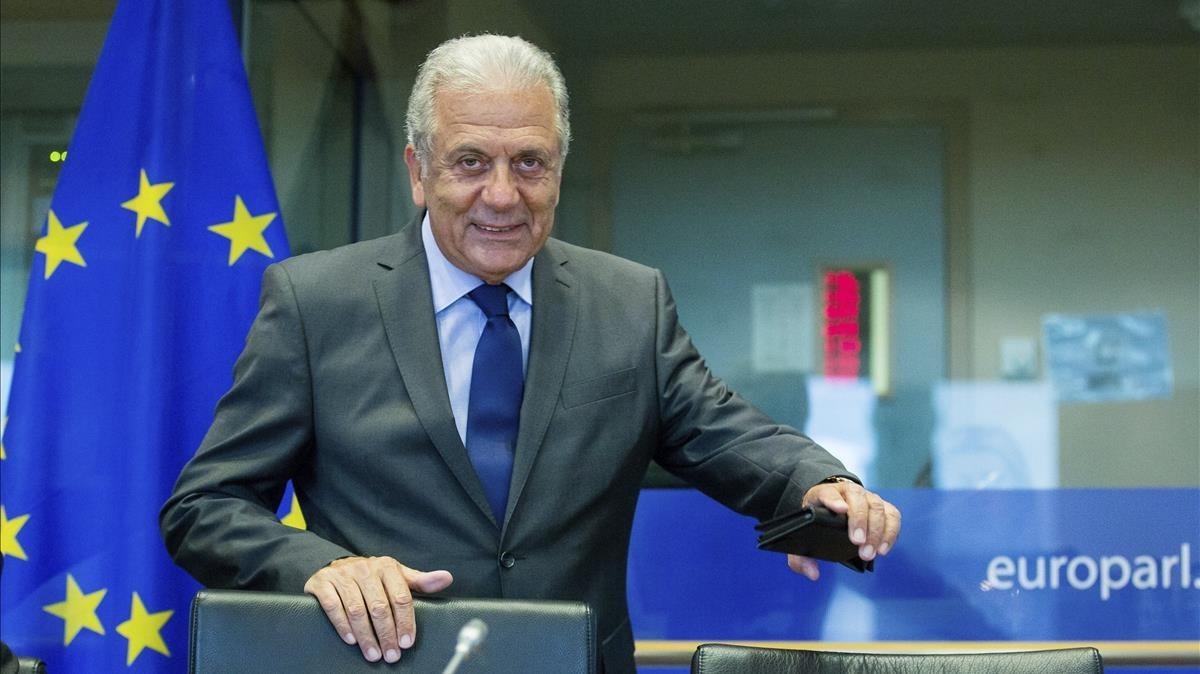 El comisario europeo de Inmigracion, Dimitris Avramopoulos.