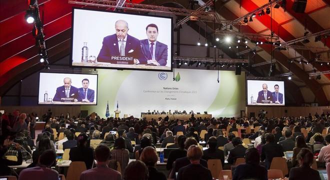 La cumbre del clima encara la recta final encallada en los asuntos más espinosos