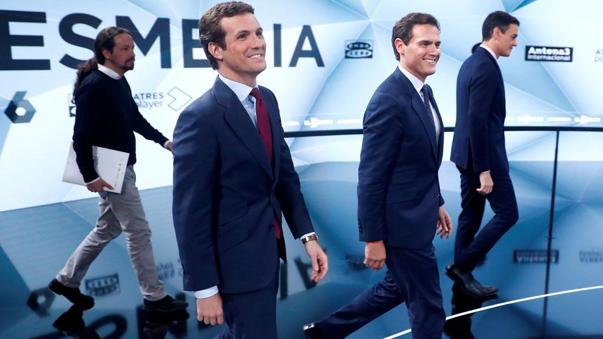 Debate en Atresmedia. Casado y Rivera se enfrentan por los impuestos y las pensiones.