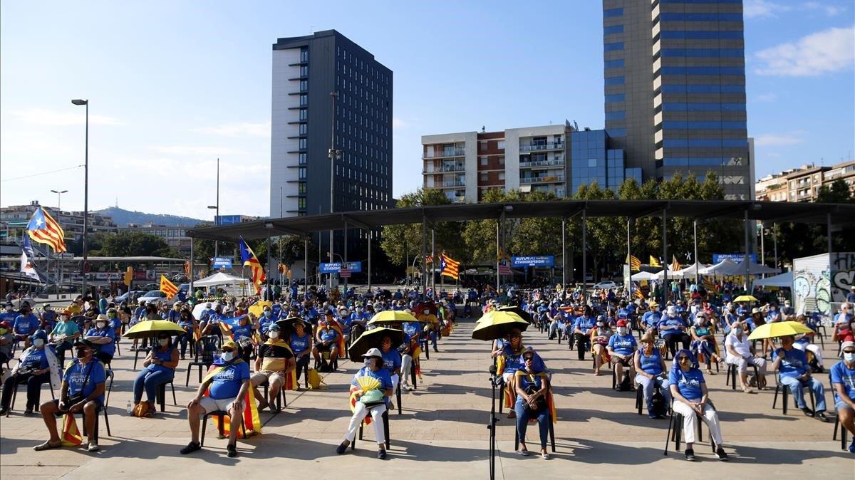 Acto para celebrarla Diada en la Plaza dels Països Catalans
