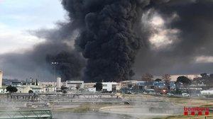 El espectacular incendio en un polígono industrial en Barcelona.