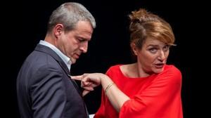 Alberto San Juan y Marta Calvó en una escena de 'Masacre'.