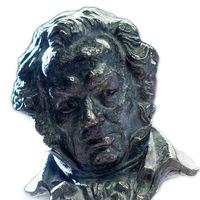 Los codiciados trofeoscon la efigie del pintor Francisco de Goya.