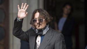 Johnny Depp, a la salida del tribunal de Londres.