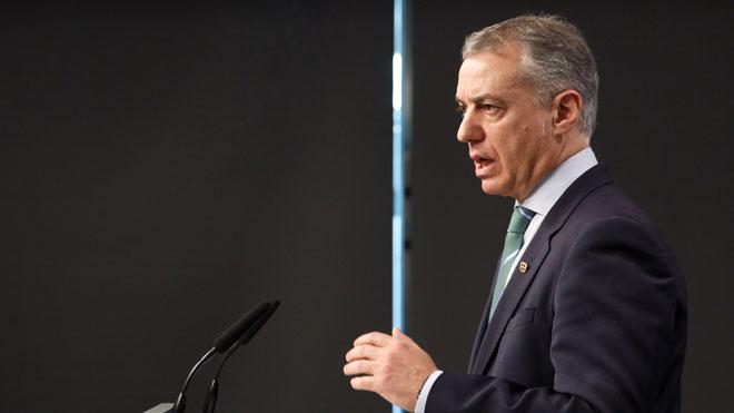 El lendakari, Íñigo Urkullu, ante los medios de comunicación.