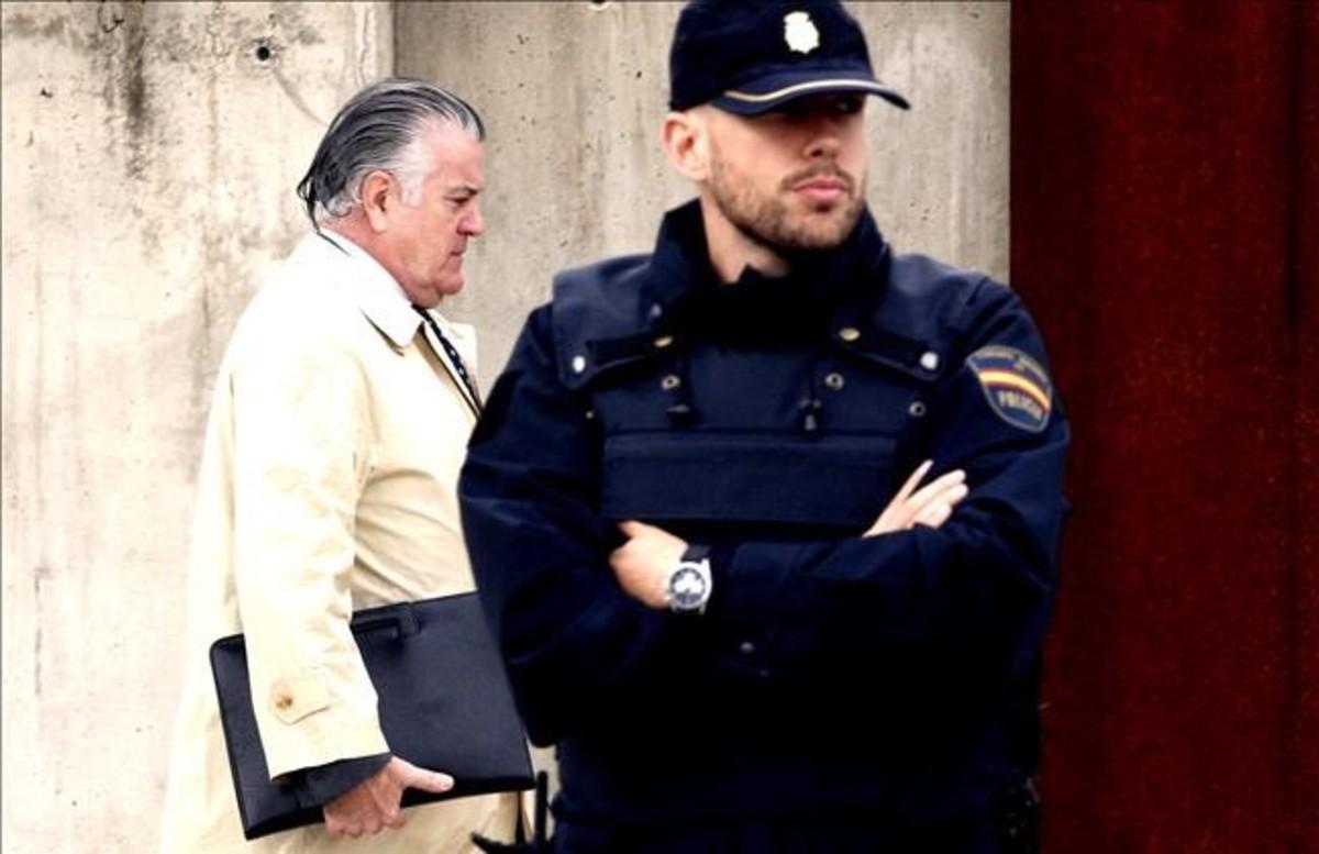 Correa matiza que rompió con el PP no porque llegara Rajoy, sino por un empleado