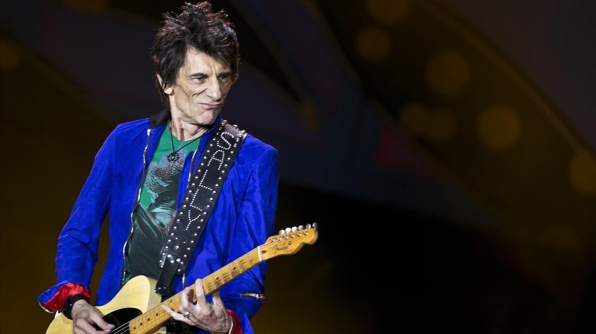 El guitarrista de los Rolling Stones Ron Wood, durante un concierto en La Habana (Cuba).
