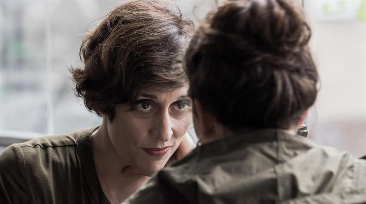 Clara Segura, en el papel de Sara Grau, en la serie de TV-3 Nit i dia.