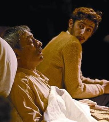 Padre e hijo 8 Boris Ruiz y Enric Auquer, en Natale in Casa Cupiello.
