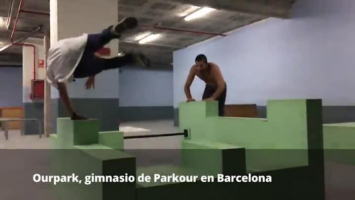 Parkour en el gimnasio Ourpark