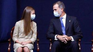 El rey Felipe VI y la princesa Leonor, en la entrega de los Premios Princesa de Asturias 2020