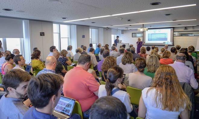 Asistentes a un curso de formación impartido por Google y promovido por Savia, Fundación Endesa