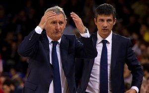Svetislav Pesic gesticula en el partido que el Barça perdió el martes ante el Olympiacos en el Palau
