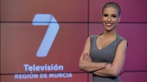 Marta García González, editora y presentadora del informativo del mediodia en la television publica autonómica murciana 7TV.