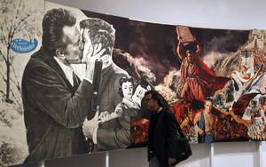 El museo Reina Sofía organiza una ambiciosa retrospectiva sobre el artista Richard Hamilton.