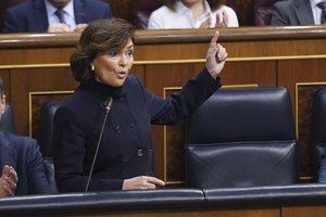 La vicepresidenta primera del Gobierno, Carmen Calvo, en una sesión de control al Gobierno.