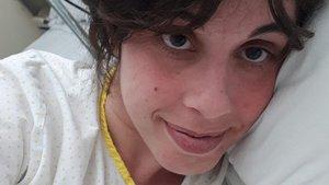 """La reivindicació d'una dona després de cinc dies ingressada en un hospital públic: """"Vull la factura de tot el que no he pagat"""""""