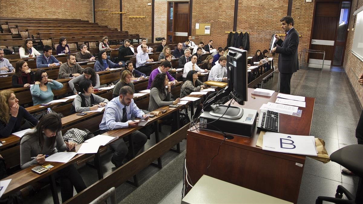 Estudiantes de un máster de Económicas.