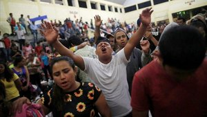 La marxa d'hondurenys manté el seu viatge als EUA malgrat les amenaces de Trump