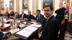Moreno Bonilla, en primer término y el vicepresidente Marín al fondo.
