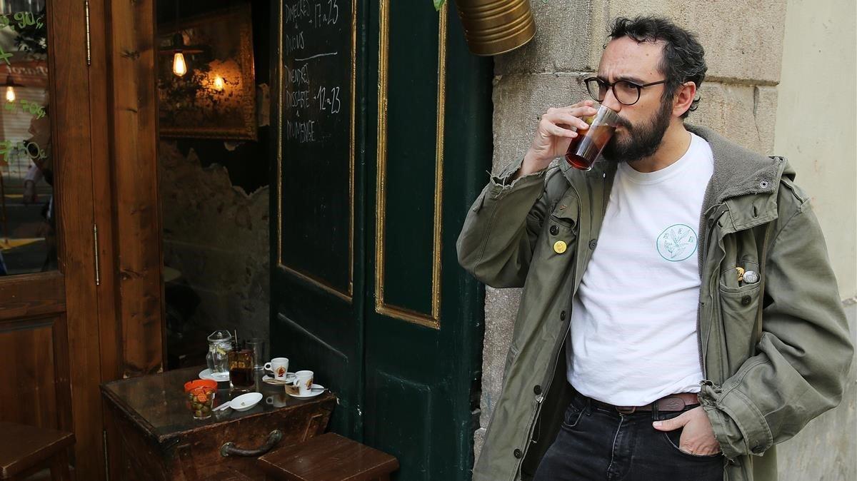 Barcelona com a escenari imperfecte: la invasió turística en la literatura