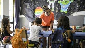 CCOO reclama al Govern 21.500 professors més per al pròxim curs