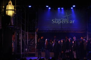 El inicio del musical de Andrew Lloyd Webber, Jesus Christ Superstar.