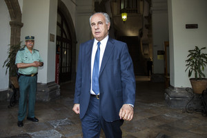 Prisión provisional eludible con fianza de 200.000 euros para el exconsejero Blasco