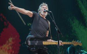 Roger Waters, en plena forma en su montaje 'Us + Them'.