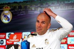 El entrenador del Madrid Zinedine Zidane este viernes en rueda de prensa.