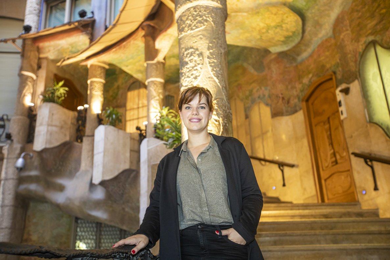 La actriz Mariona Ribas, en el patio interior de La Pedrera.
