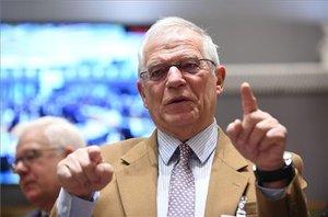 """Borrell desmenteix """"rotundament"""" Iglesias sobre l'error de reconèixer Guaidó"""