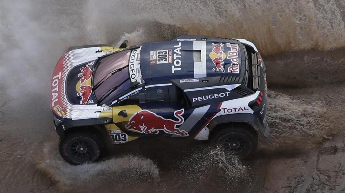 Carlos Sainz y Lucas Cruz (Peugeot 3008 DKR) van lanzados a por segundo Dakar.