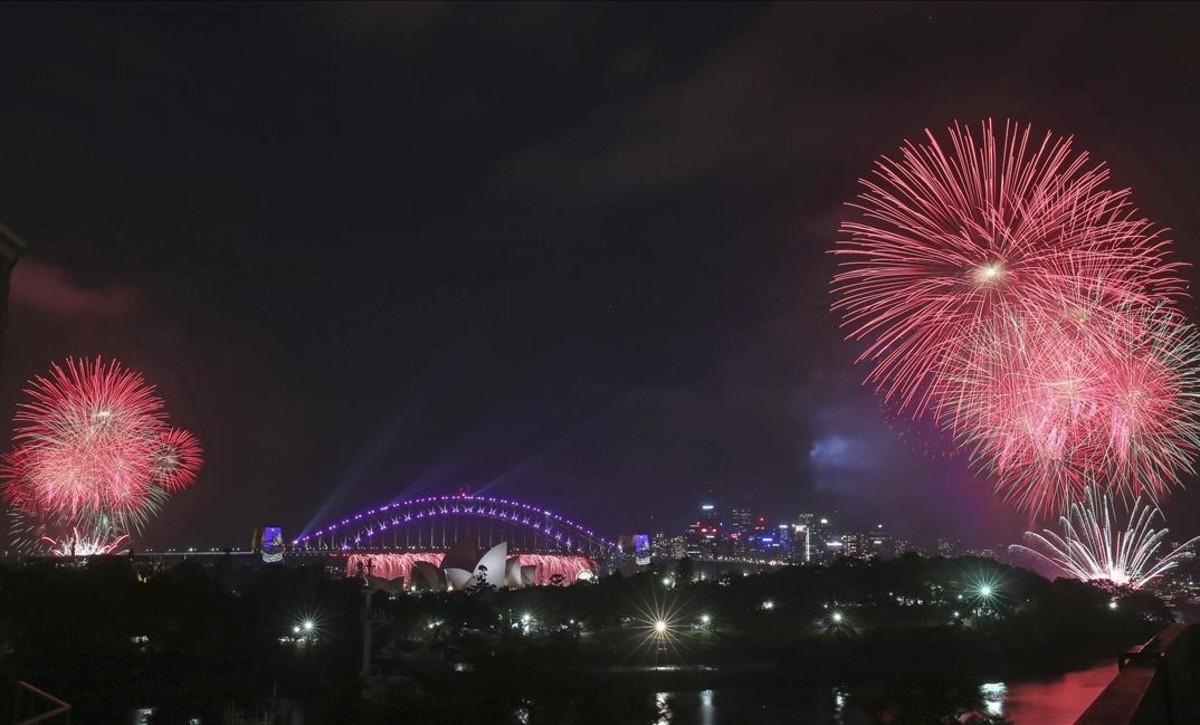 Celebraciones de año nuevo en Sidney, Australia.