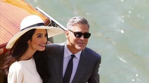 Amal y George Clooney, durante una visita al Festival de Venecia del 2014. Italia es la otra patria del intérprete norteamericano.