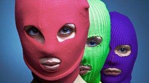 Les Pussy Riot porten el seu motí vaginal a la Sala Apolo