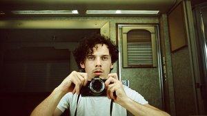 Un autorretrato de Anton Yelchin empleado en el documental 'Love, Antosha'.