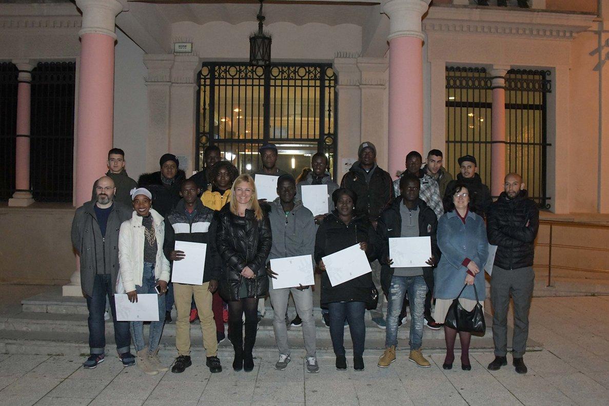 Rubí entrega Certificats d'Acollida a 17 veïns procedents d'altres països