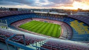 Imagen del Camp Nou completamente vacío.