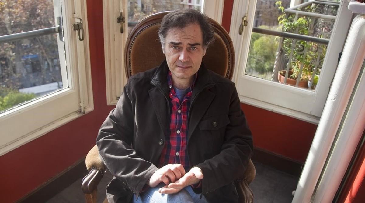 El escritor Javier PérezAndújar, durante la presentación de su libro 'Paseos con mi madre'.