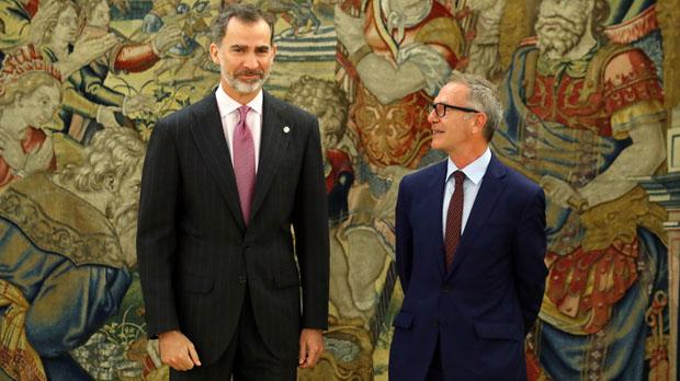 José Guirao promete como ministro de Cultura ante el Rey y en presencia de Pedro Sánchez.