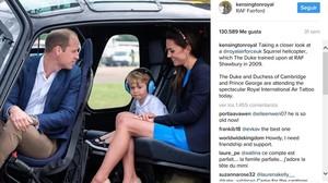 El príncipe Guillermo, Kate Middleton y su hijo, el príncipe Jorge, en helicoptero.