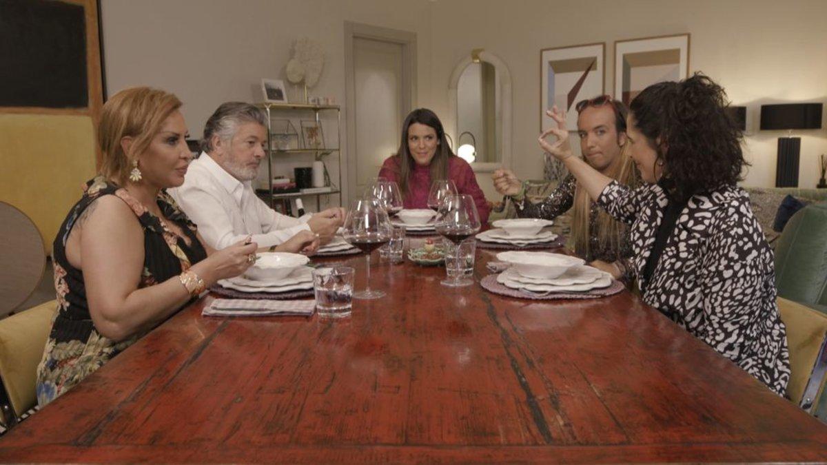 Resultado de imagen de laura matamoros ven a cenar conmigo